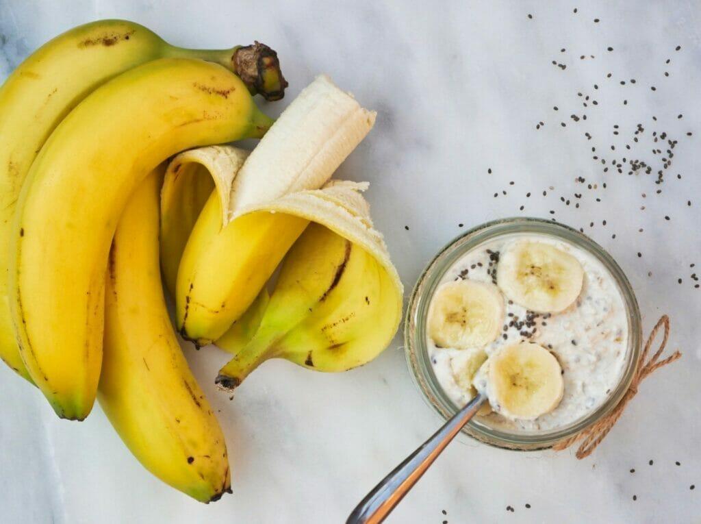 bananas and banana overnight oats