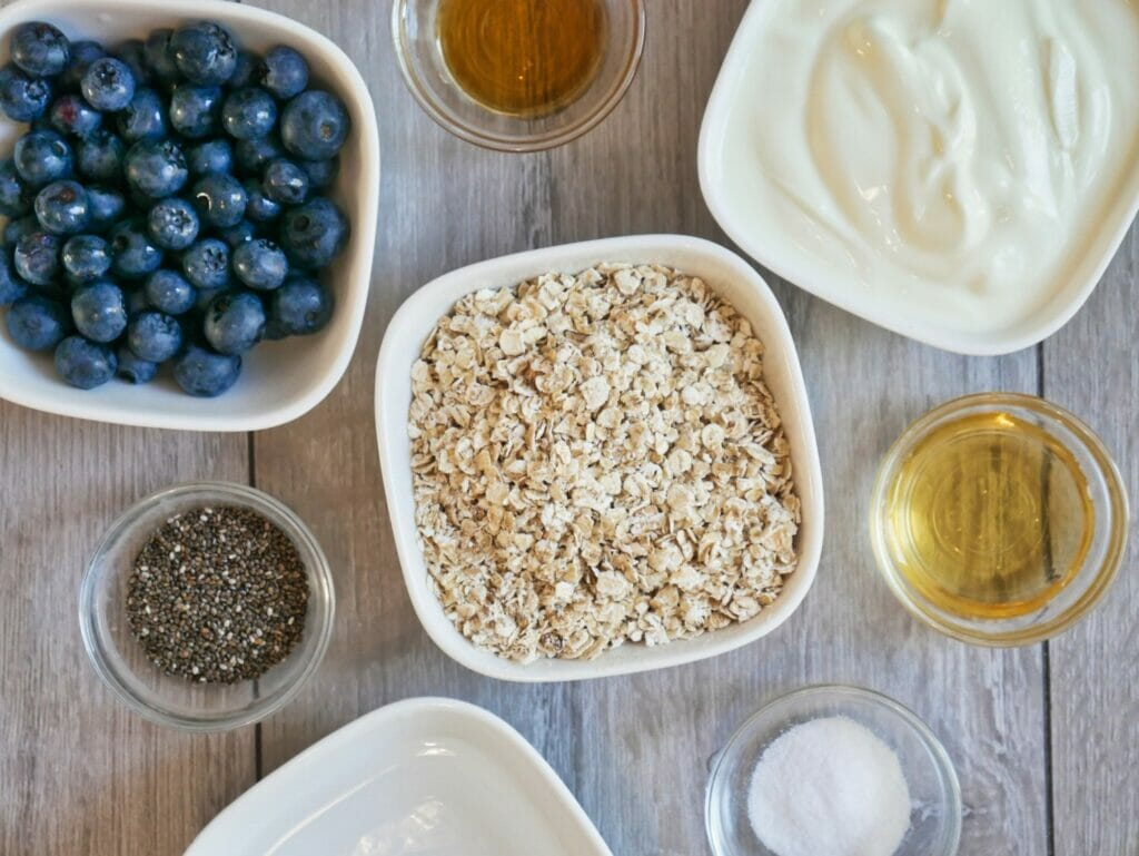 blueberry overnight oats ingredients