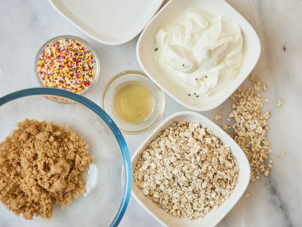 ingredients for birthday cake overnight oats