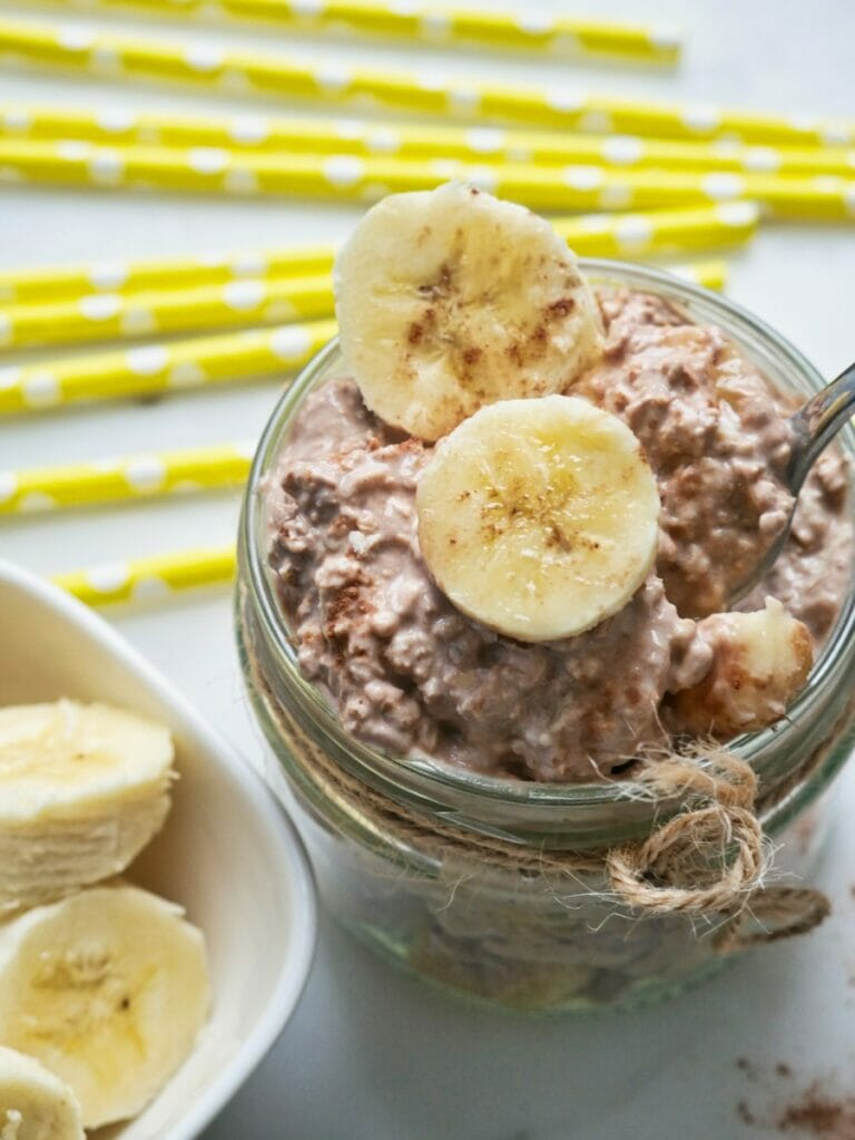 cocoa and banana overnight oats