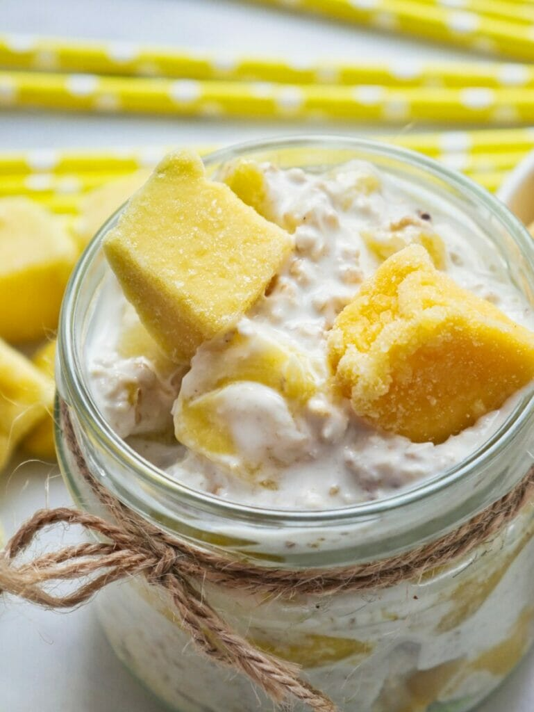 mango overnight oats